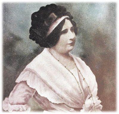 Charla sobre Serafina Dávalos en su aniversario natal