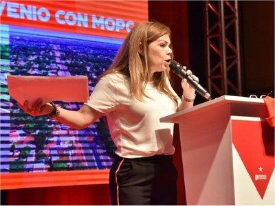 Piden aclarar si blanqueo a Zacarías Irún también beneficia a Sandra McLeod