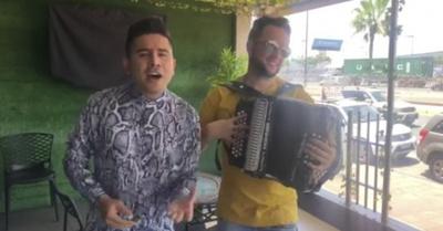 """El chofer del micro-discoteca recibió apoyo ¡del """"Binomio""""!"""