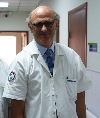 Especialista visita nuestro país y habla de trasplantes de médula ósea en IPS