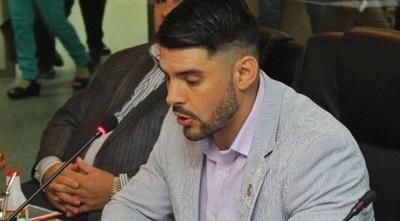 """""""Su pecado es ser mi conocido"""", dice Rodríguez sobre su excompañero"""