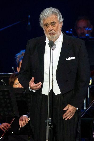 Plácido Domingo niega nuevas acusaciones de abuso sexual
