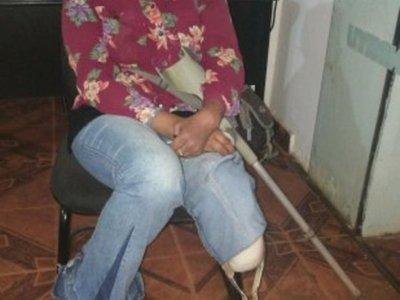 Chofer no dejó  que doña con discapacidad suba al micro