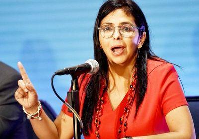 "Gobierno venezolano denuncia plan de Guaidó para ""entregar"" zona reclamada"