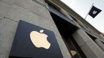 La firma Apple planea la fabricación de un iPhone de bajo costo