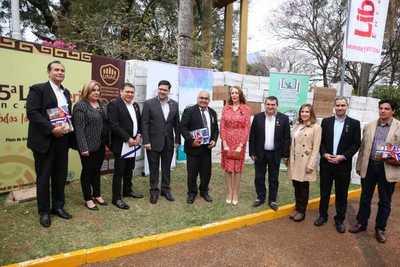 Cultura donó 7.000 libros a bibliotecas públicas de Itapúa