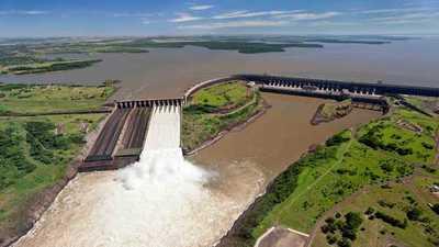 De enero a agosto, Itaipu proveyó a la ANDE 2,4% más de energía que el año pasado