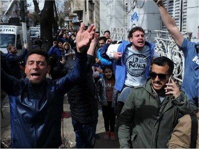 Locura por Maradona: Cientos de argentinos se asocian a Gimnasia