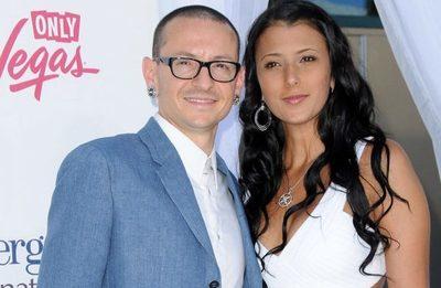La viuda de Chester Bennington anuncia su compromiso, a dos años de la muerte del cantante