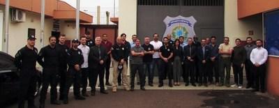 Viceministra y director de penitenciarías visitan cárcel brasileña para replicar sistema de seguridad