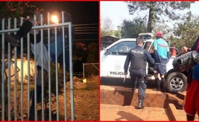 Entró a robar y quedó atascado entre las rejas del portón