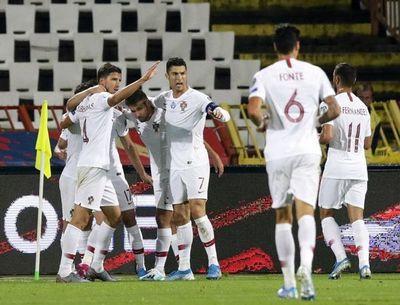 Portugal gana a Serbia y toma aire