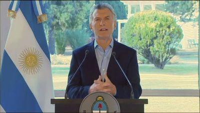 """Macri promete """"seguir tomando decisiones que hagan falta"""" para estabilizar economía"""