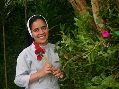Una religiosa paraguaya consagra su vida al servicio de los niños carenciados en Brasil