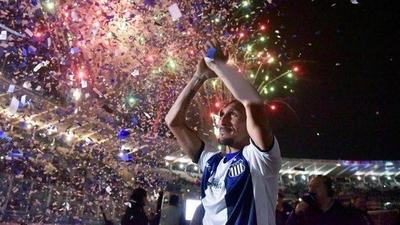 HOY / Guiñazú tuvo su partido homenaje en el estadio Kempes de Córdoba