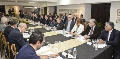 Reglamentarán al consejo asesor de renegociación del Tratado de Itaipú