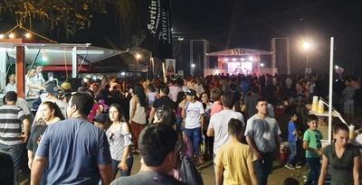 Multitud despide la Expo Norte