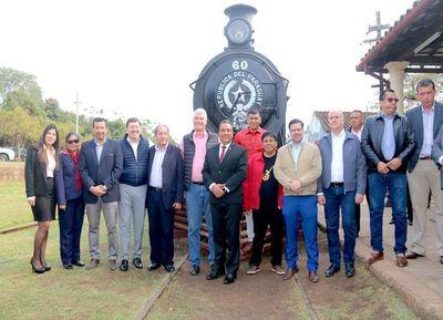 Avanza proyecto para reactivar el tren del lago en Ypacaraí