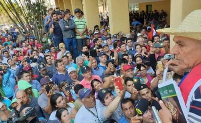 Paseros y Aduanas firman acuerdo para aumento de cota de compras