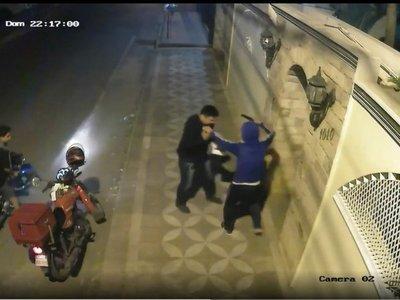 Encañonaron a delivery para robarle G. 200.000