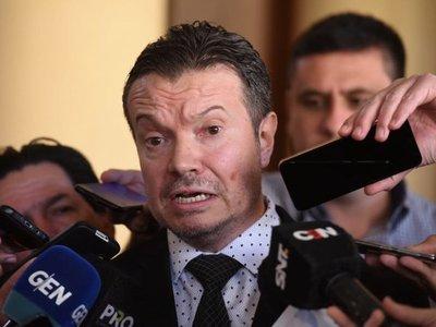 Leyes antilavado no estarán listas para visita de Gafilat, alerta Arregui