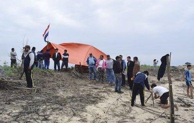 Pescadores se oponen a la construcción de un complejo y exigen indemnización