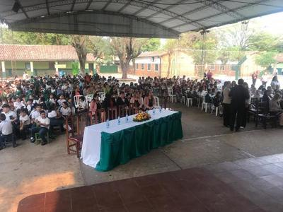 MEC activa programa educativo de resistencia a las drogas y violencia en escuelas