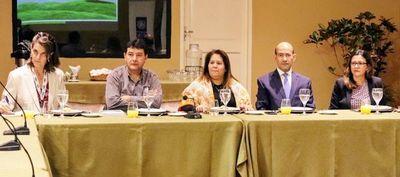 Promoverán buenas prácticas en los sectores de soja y ganadería