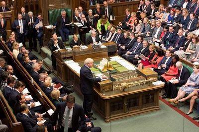 Parlamento británico le dice no a elecciones anticipadas