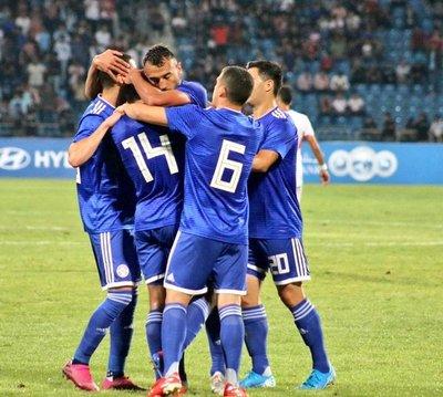 La vieja fórmula le dio el triunfo a Paraguay ante Jordania