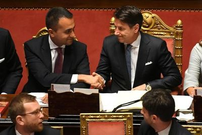 Italia supera crisis política