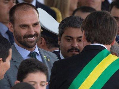 Hijo de Bolsonaro asegura tener votos para ser embajador en EEUU