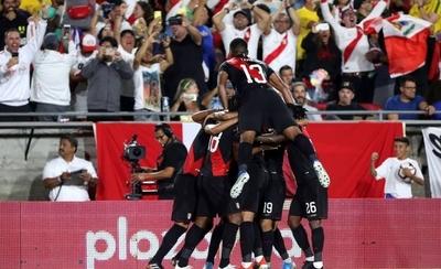 HOY / Perú vence a Brasil y se venga de la Copa América