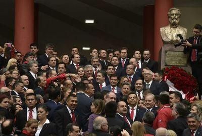 """ANR: """"Un partido se debilita si el Gobierno hace mal su función"""", dice diputado Soroka"""