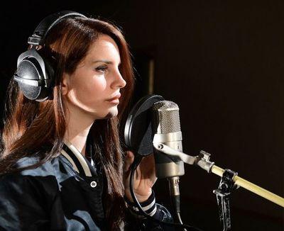 """Lana del Rey, Ariana Grande y Miley Cyrus, """"Ángeles de Charlie"""" de la música"""