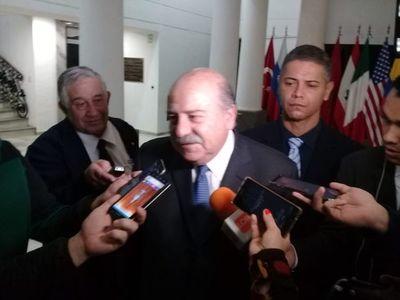 Embajador brasilero dice que policía de su país no disparó contra bomberos paraguayos