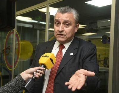 """Ministro culpa a penitenciaría por no advertir de """"peligrosidad"""" de Samura"""