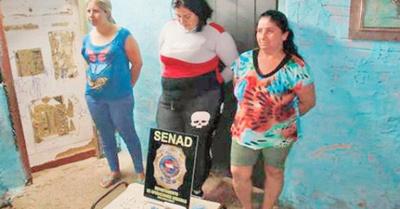 Madre e hijas detenidas por  microtráfico