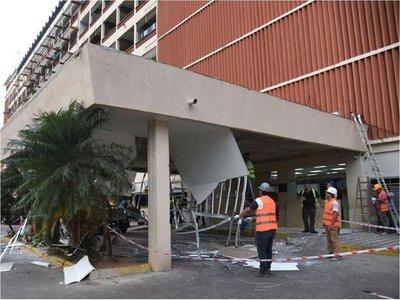 IPS: Salud pide investigación rigurosa del derrumbe y no descarta intervenir