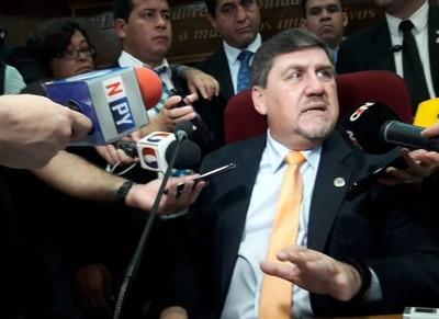 Según Llano, Giuzzio es el más capaz para ser ministro del Interior
