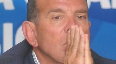 Suspenden de por vida a Juan Ángel Napout
