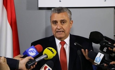 HOY / Villamayor no piensa renunciar y destaca sus logros al frente del Interior
