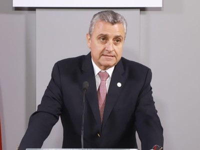 Villamayor huye de escrache de familiares de policías