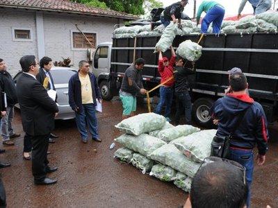 Detectan contrabando en cargas de camiones retenidos por paseros