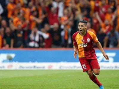 Falcao da la victoria al Galatasaray frente al Kasimpasa
