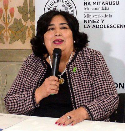 Funcionarios repudian a titular del Ministerio de la Niñez
