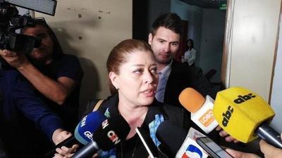Fiscalía imputó a director de la cárcel de Emboscada y liberó a dos guardias