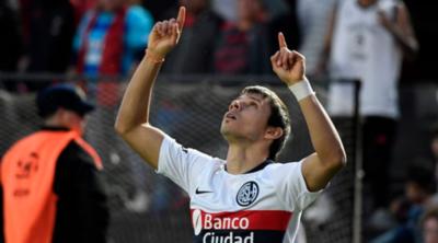 Ángel Romero hizo un gol y estalló en contra del arbitraje