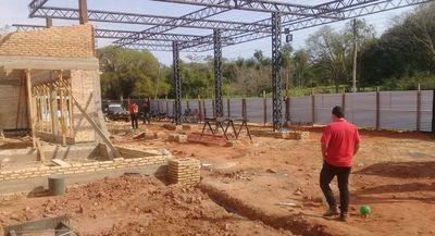 En Luque desviaron arroyo para construir estación de servicio