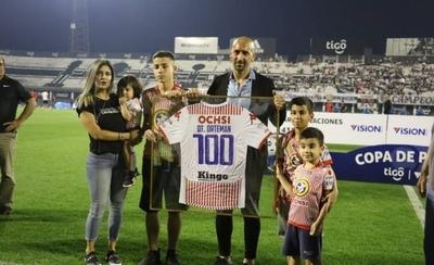 HOY / El Bosque se rinde ante Sergio Orteman